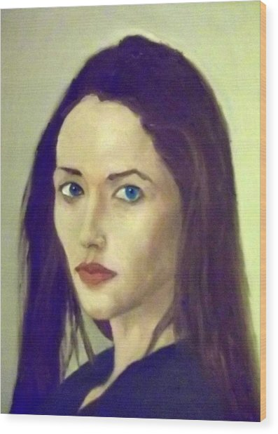 The Brunette With Blue Eyes Wood Print