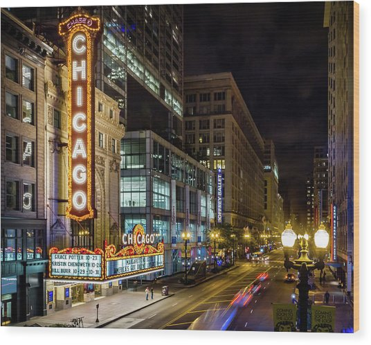 Illinois - The Chicago Theater Wood Print