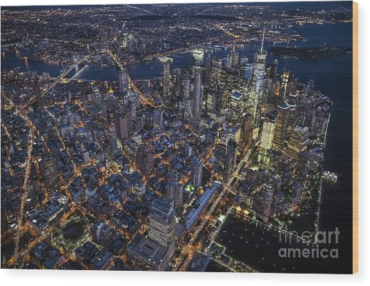 The City That Never Sleeps Wood Print
