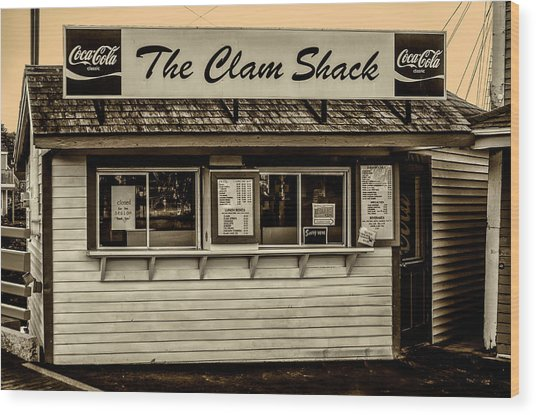 The Clam Shack - Kennebunkport Maine In Sepia Wood Print