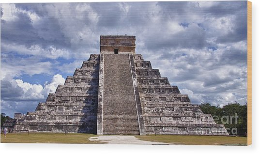 The Great Pyramid Of Chitzen Itza Wood Print