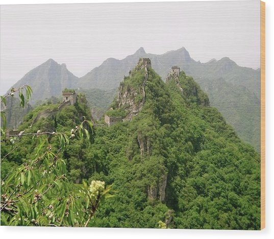 The Great Wall Of China Winding Over Mountains Wood Print