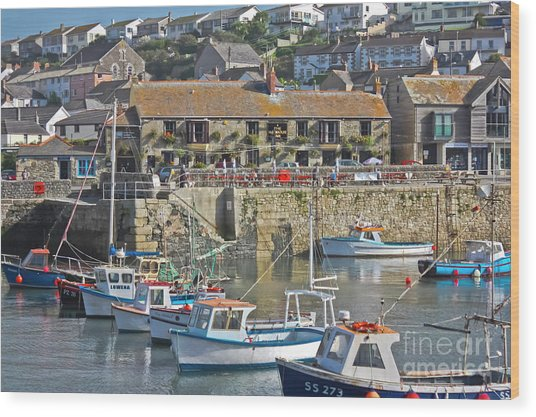 The Harbour Inn Porthleven Wood Print
