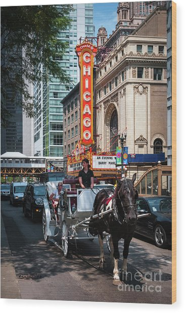 The Iconic Chicago Theater Sign And Traffic On State Street Wood Print