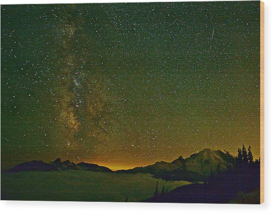 The Milky Way And Mt. Rainier Wood Print