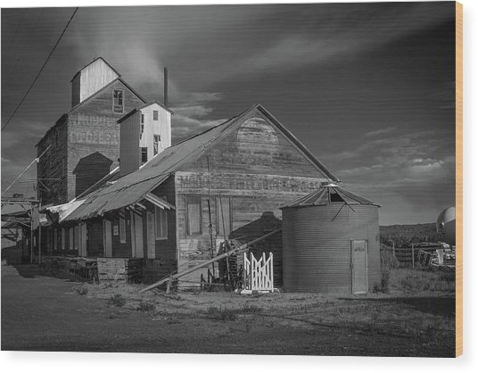 The Modoc Co-op Grainery Wood Print
