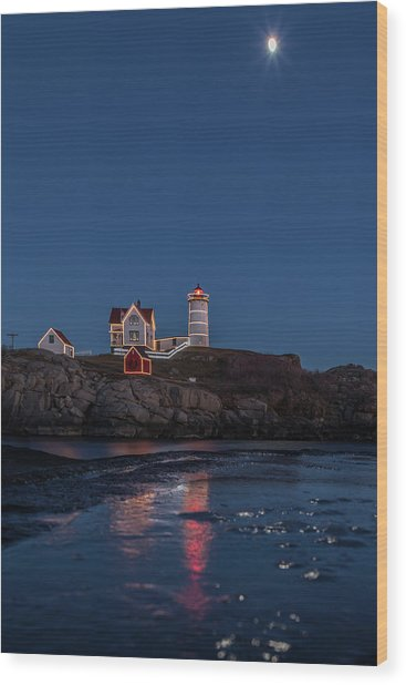 The Nubble Waiting For Snow Wood Print