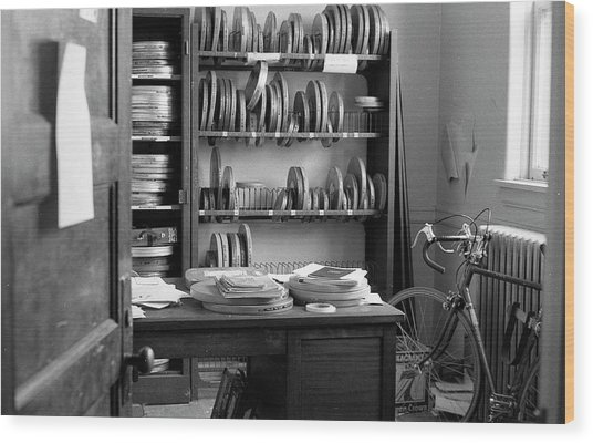 The Office Of A Teaching Assistant, 1979 Wood Print