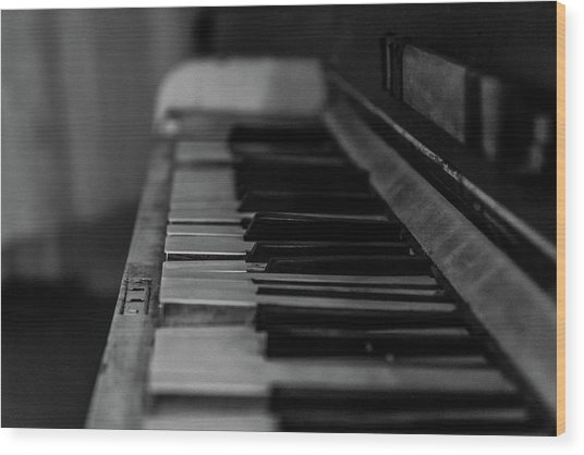 The Old Piano Wood Print