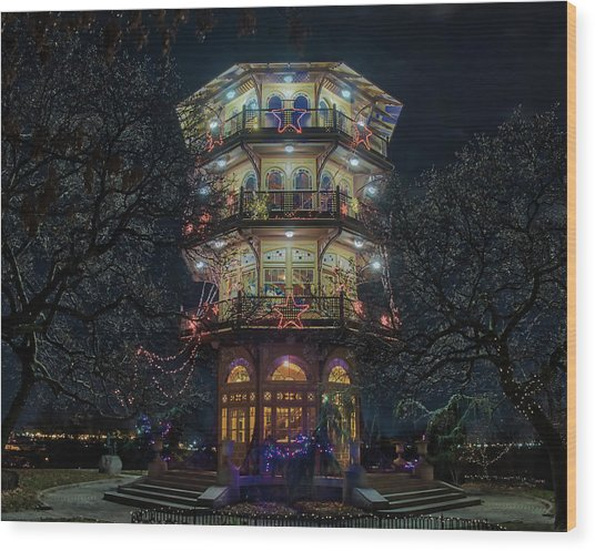 The Pagoda At Christmas Wood Print