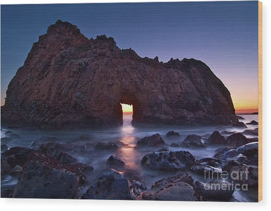 The Portal - Sunset On Arch Rock In Pfeiffer Beach Big Sur In California. Wood Print