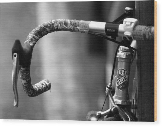 The Racer's Edge Wood Print by Wayne Archer