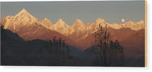 The Rendezvous. A Panorama. Wood Print