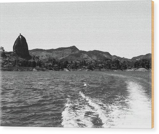 The Rock Of Guatape Wood Print