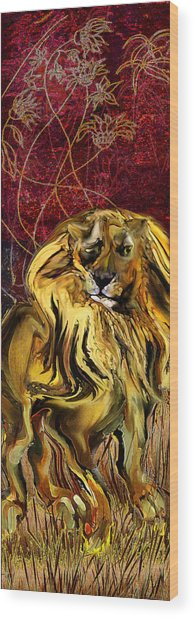 The Squinting Lion Wood Print by Anne Weirich