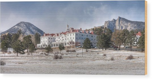 The Stanley Hotel Wood Print by G Wigler