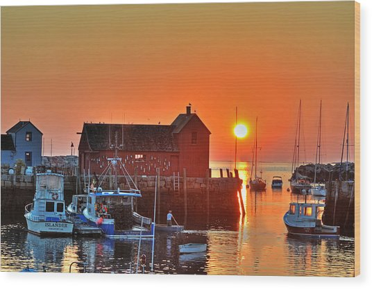 The Sun Rising By Motif Number 1 In Rockport Ma Bearskin Neck Wood Print
