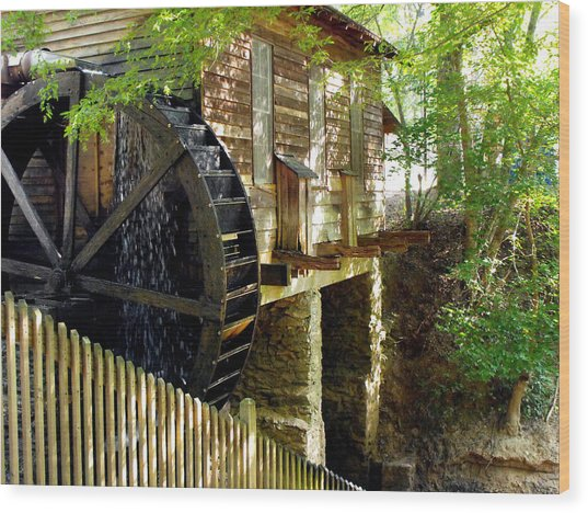 The Water Wheel Wood Print by Eva Thomas