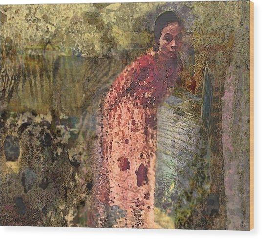 The Woman At His Tomb Wood Print