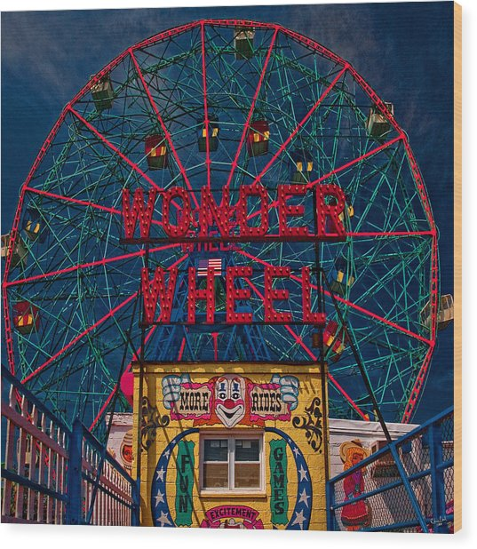 The Wonder Wheel At Luna Park Wood Print