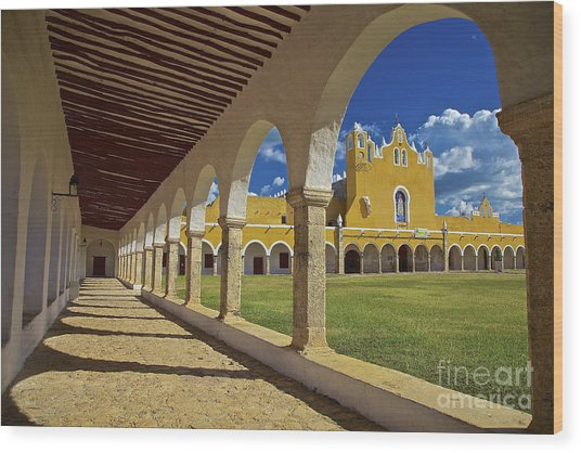 The Yellow City Of Izamal, Mexico Wood Print