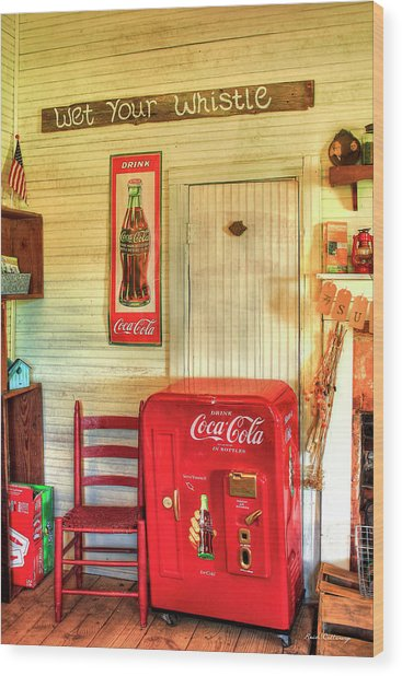 Thirst-quencher Old Coke Machine Wood Print
