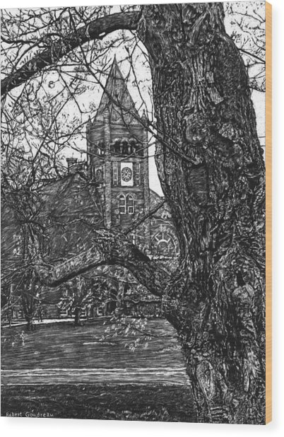 Thompson Hall At Unh Wood Print by Robert Goudreau