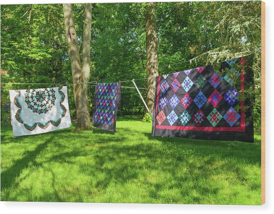 Three Quilts In The Breeze Wood Print