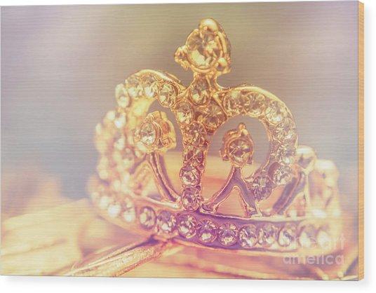 Tiara Crown With Diamonds Wood Print
