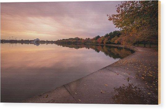 Tidal Basin In Fall 2 Wood Print by Michael Donahue