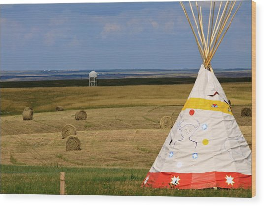 Tipi On The High Plains Wood Print