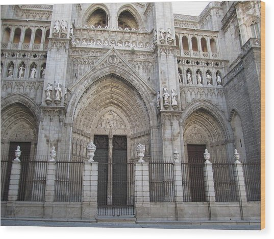 Toledo Cathedral Face To Face Wood Print