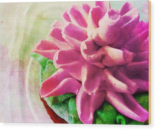 Too Pretty To Eat Wood Print by JAMART Photography