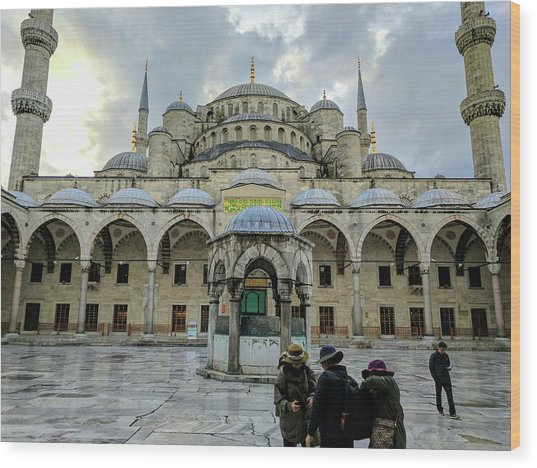 Tourists And The Blue Mosque Wood Print