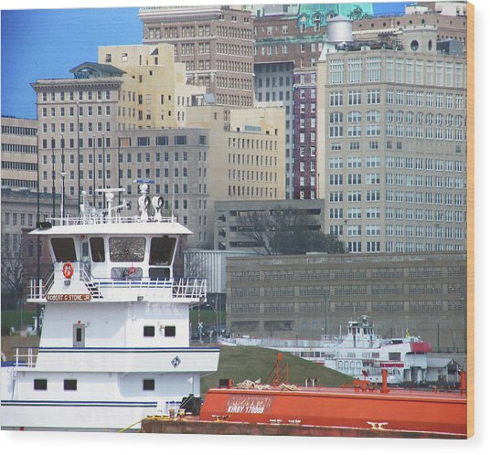 Towboat Robt G Stone At Memphis Tn Wood Print