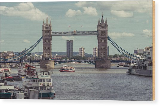 Tower Bridge B Wood Print