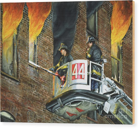 Tower Ladder 44-south Bronx Wood Print by Paul Walsh