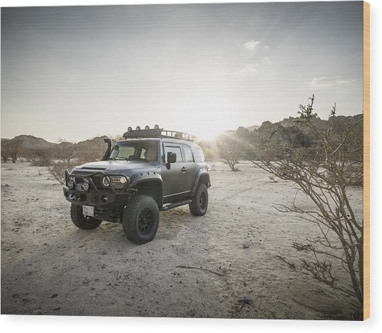 Toyota Fj Cruiser In Saudi Arabia Wood Print