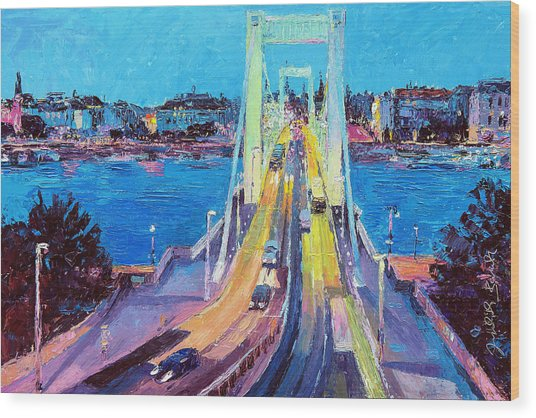 Traffic On Elisabeth Bridge At Dusk Wood Print