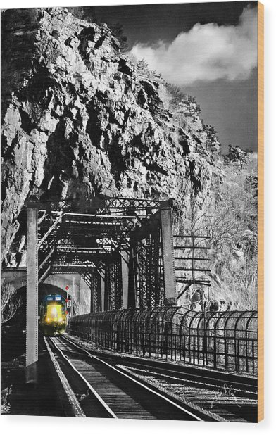 Train At Harpers Ferry Wood Print by Williams-Cairns Photography LLC