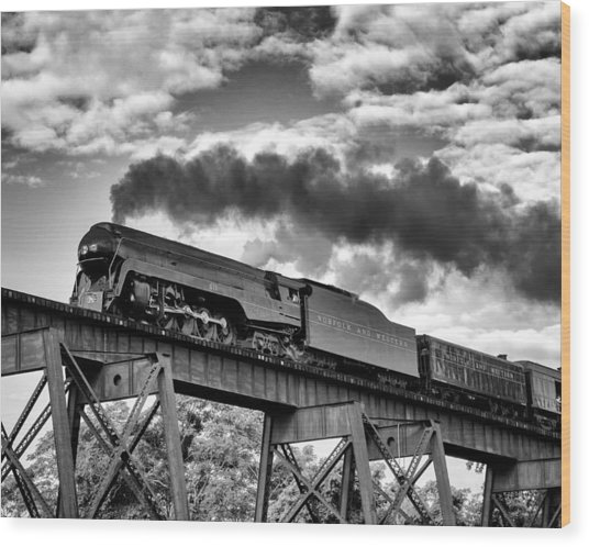Trestle Crossing Wood Print