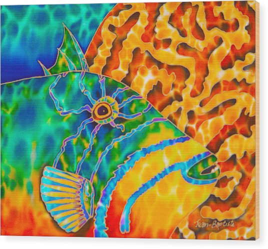 Triggerfish And Brain Coral Wood Print