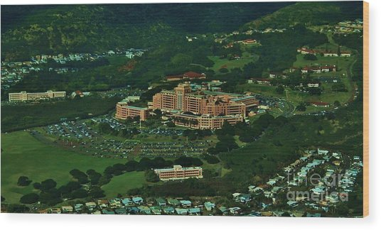 Tripler Army Medical Center Honolulu Wood Print