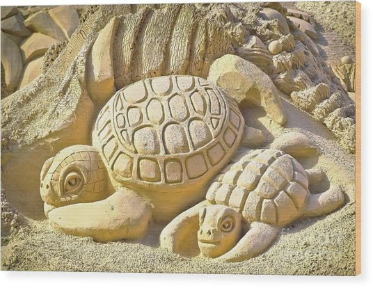 Turtle Sand Castle Sculpture On The Beach 999 Wood Print