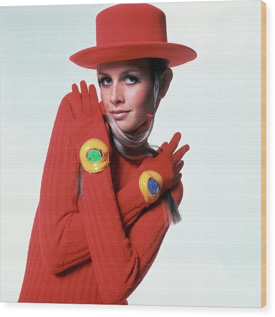Twiggy In Red Wood Print by Bert Stern