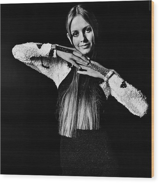 Twiggy In Sequined Jumpsuit Wood Print by Bert Stern