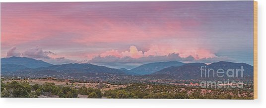 Twilight Panorama Of Sangre De Cristo Mountains And Santa Fe - New Mexico Land Of Enchantment Wood Print