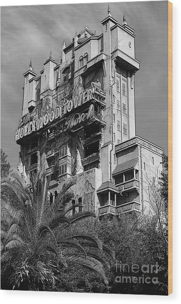 Twilight Zone Tower Of Terror Vertical Hollywood Studios Walt Disney World Prints Bandw Poster Edges Wood Print