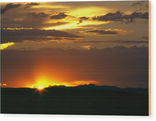 Two Peaks Sunset Wood Print by Lynard Stroud