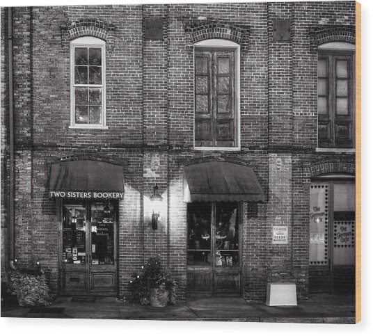 Two Sisters Bookery In Black And White Wood Print